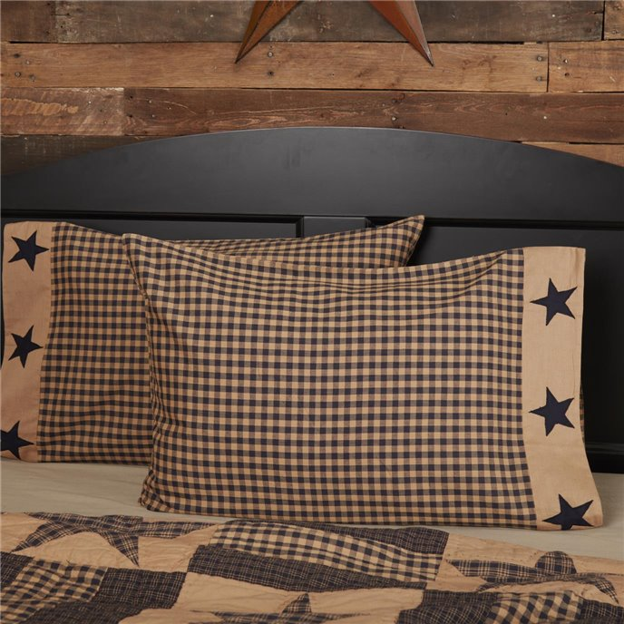 Teton Star Standard Pillow Case Applique Star Border Set of 2 21x30 Thumbnail