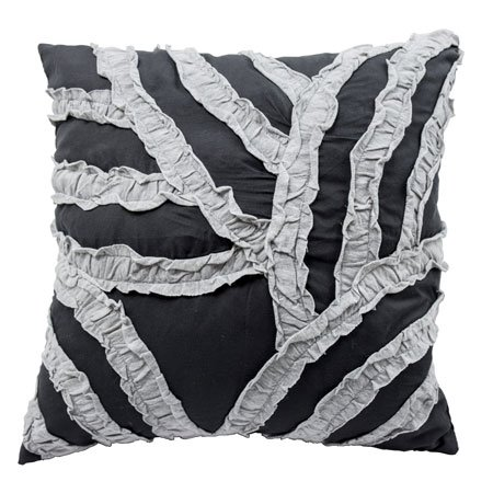 Vue Cersei 16-inch Pillow Thumbnail