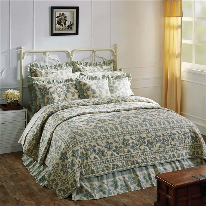 Briar Sage Luxury King Quilt 120Wx105L Thumbnail