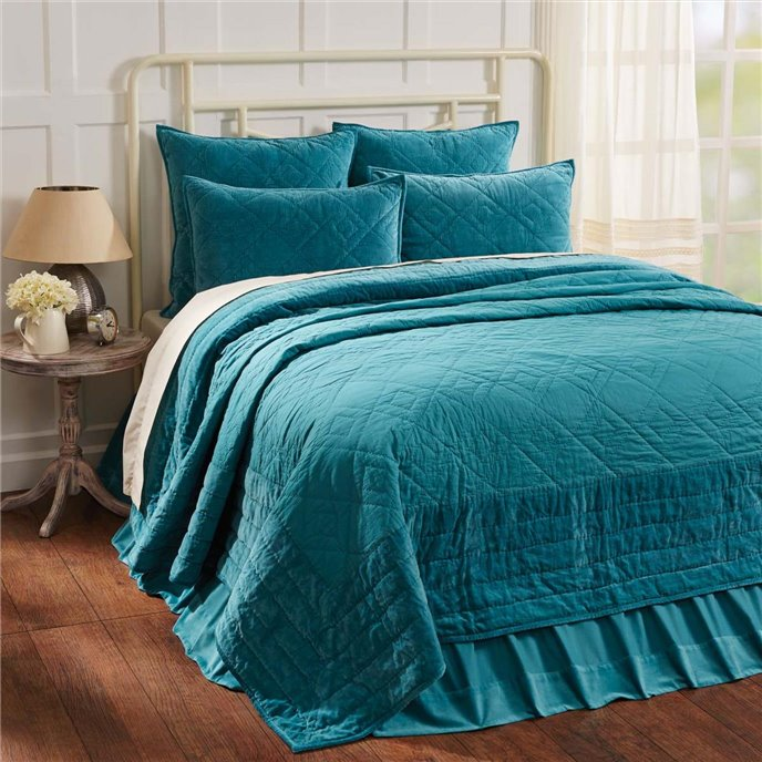 Eleanor Teal King Quilt 105Wx95L Thumbnail