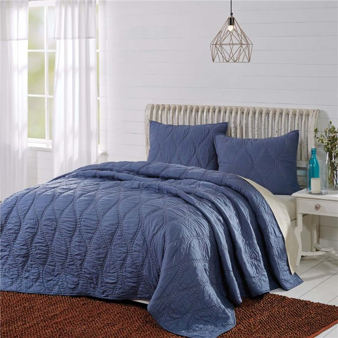 Harbour Navy Queen Quilt 90Wx90L Thumbnail