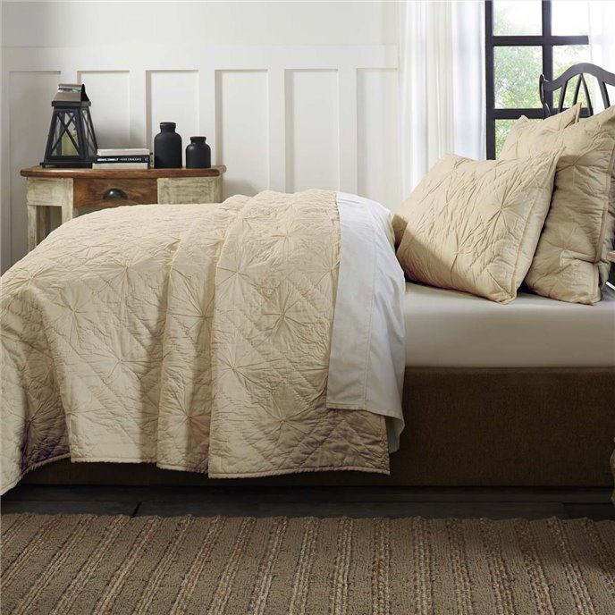 Aubree Taupe King Quilt 108Wx92L Thumbnail