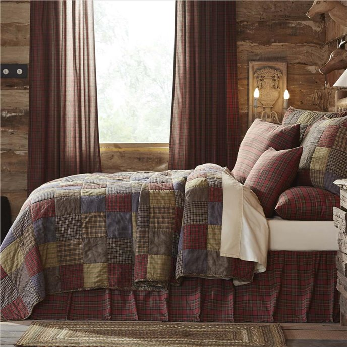 Cedar Ridge King Set; 1-Quilt 105Wx95L w/2 Shams 21x37 Thumbnail