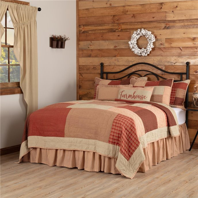 Rory Schoolhouse Red King Quilt 105Wx95L Thumbnail