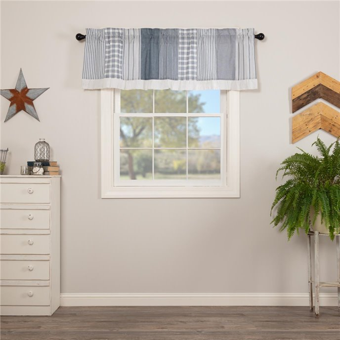 Sawyer Mill Blue Patchwork Valance 19x60 Thumbnail