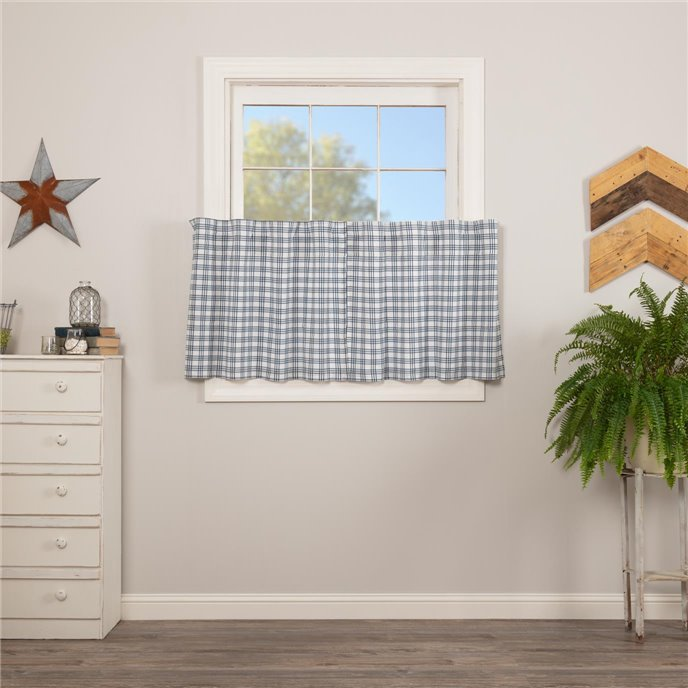 Sawyer Mill Blue Plaid Tier Set of 2 L24xW36 Thumbnail