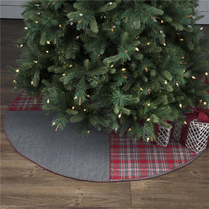Anderson Patchwork Tree Skirt 55 Thumbnail