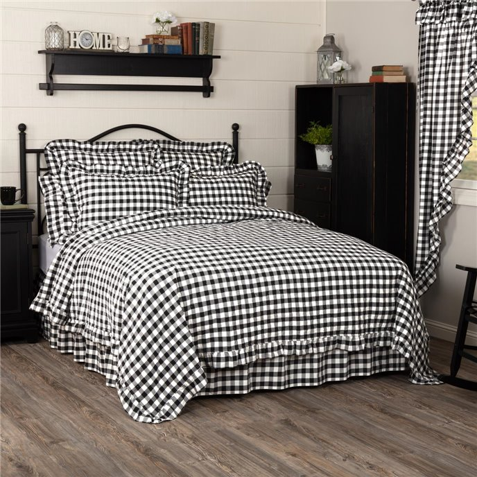 Annie Buffalo Black Check Ruffled California King Quilt Coverlet 130Wx115L Thumbnail