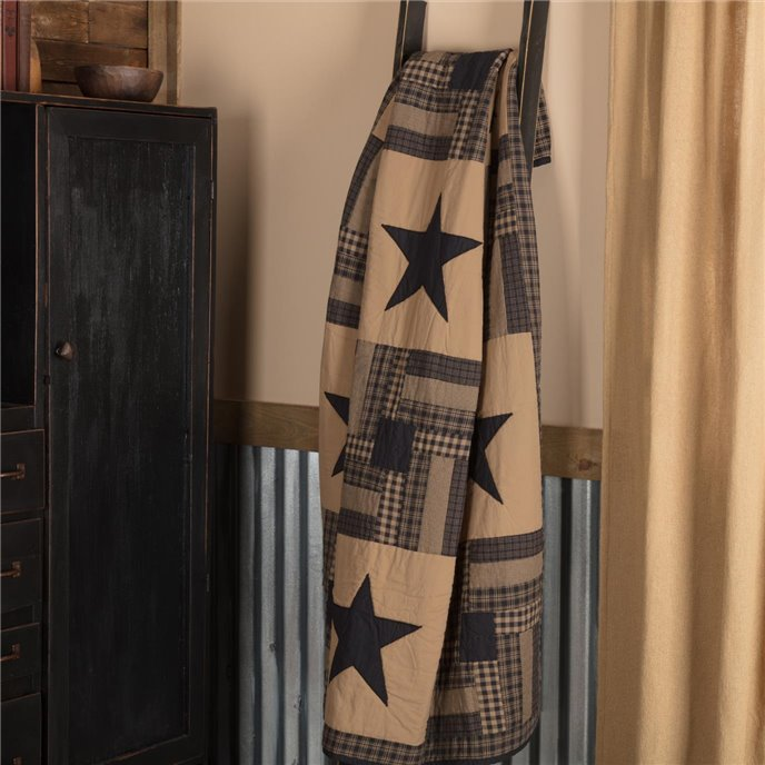 Black Check Star Quilted Throw 60x50 Thumbnail