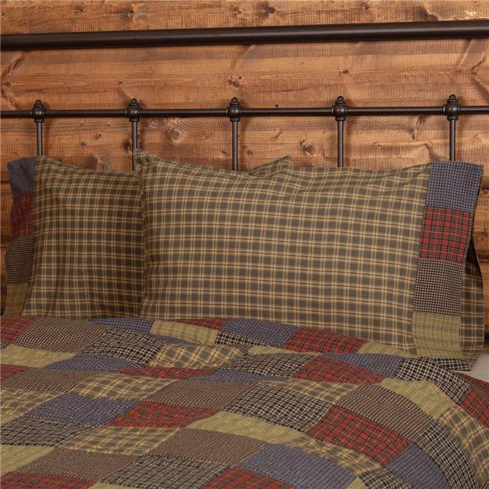 Cedar Ridge Standard Pillow Case with Block Border Set of 2 21x30 Thumbnail