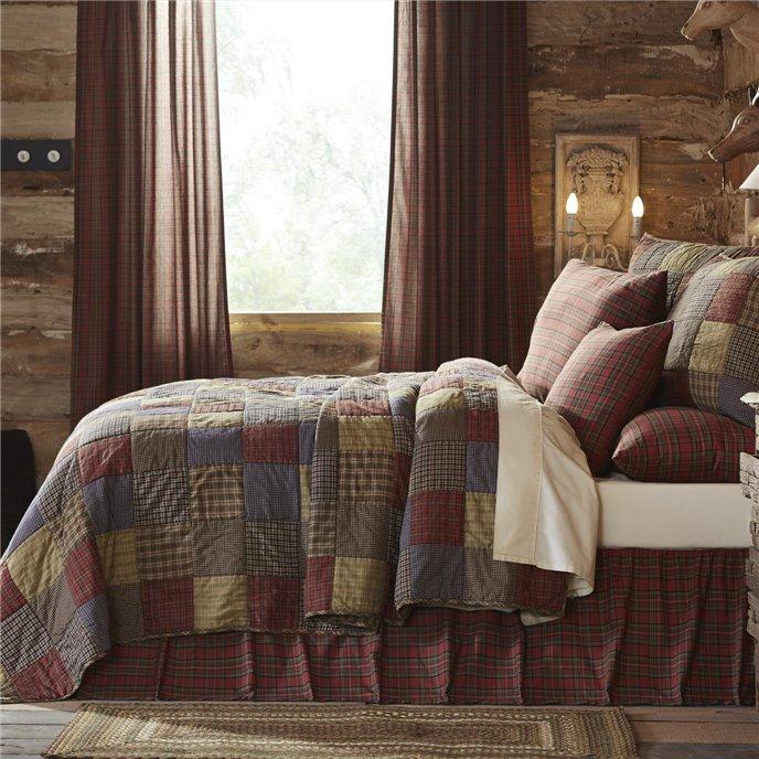 Cedar Ridge California King Set; Quilt 115x130 w/2 Shams 21x37 Thumbnail