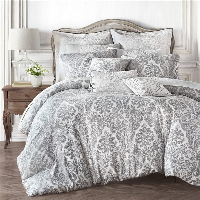 Croscill Saffira Queen 3PC Comforter Set Thumbnail
