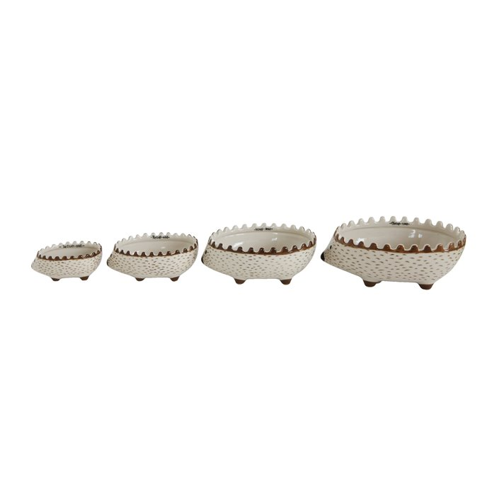 Hand Painted Stoneware Hedgehog Measuring Cups (Set of 4 Sizes) Thumbnail