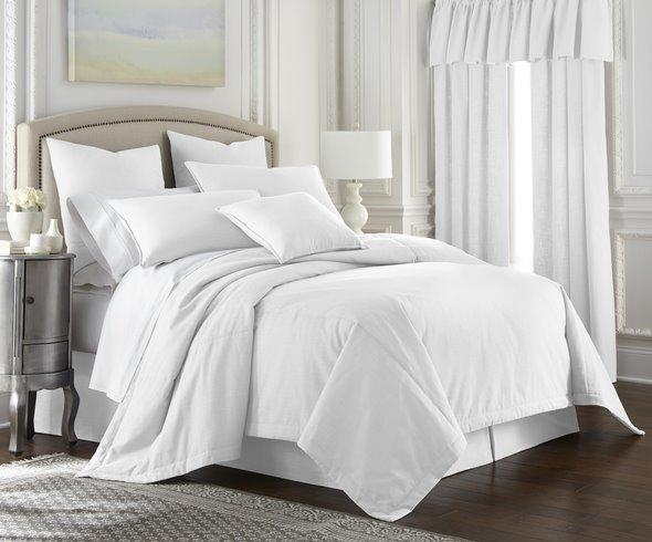 Cambric White Comforter Full Thumbnail