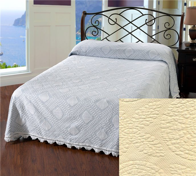 Cape Cod Queen Antique Bedspread Thumbnail