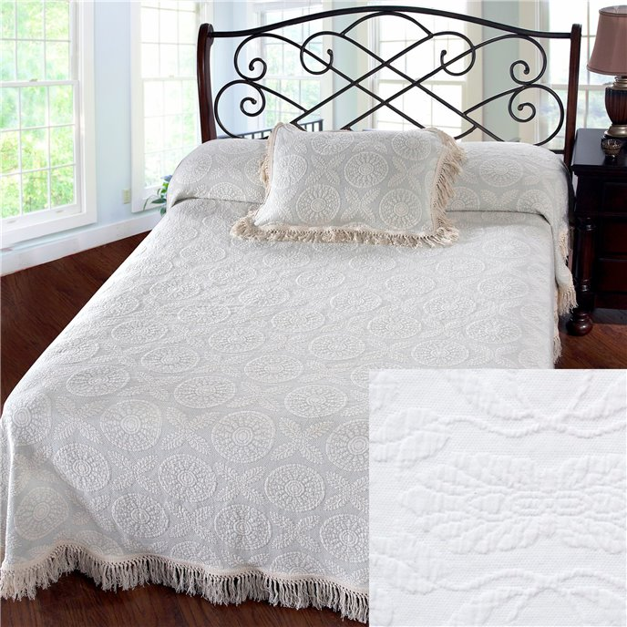 Heirloom Queen White Bedspread Thumbnail