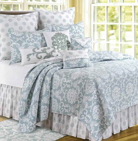 Providence Chambray Full Queen Quilt Thumbnail