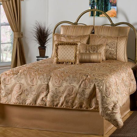 Ricci Queen size 9 piece Comforter Set Thumbnail