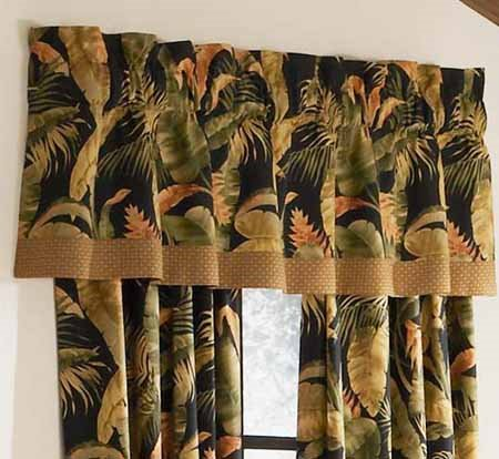 La Selva Black Tailored Valance Thumbnail