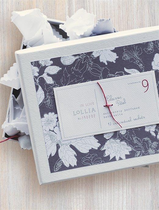 Lollia In Love Classic Petal Boxed Set of 12 Bath Salt Sachets Thumbnail